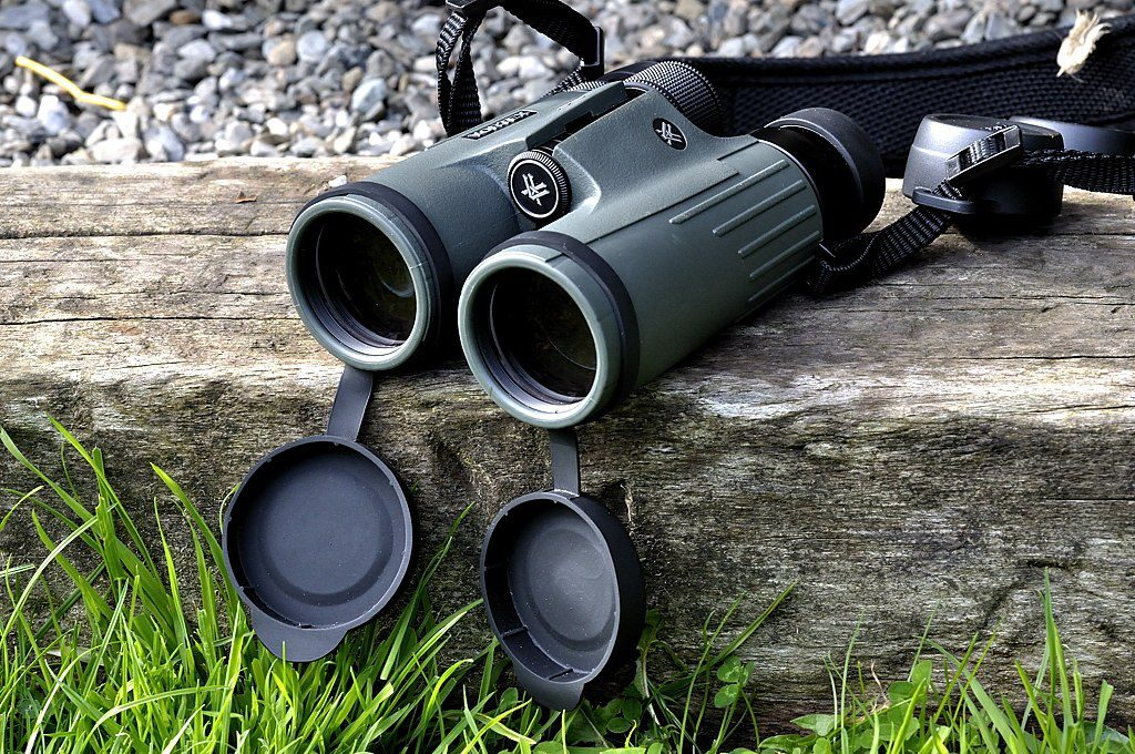 choose-binoculars
