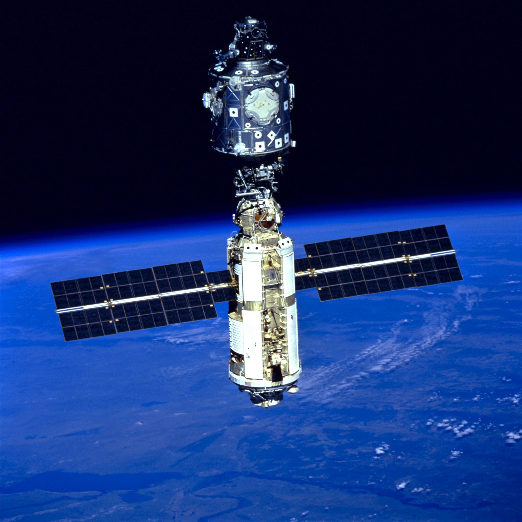 ISS-in-1999