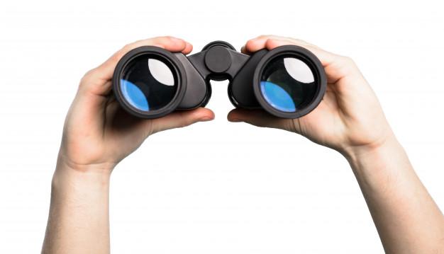 holding-binoculars